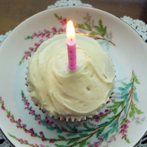 One Whole Year: Butternut Cupcakes with Cream Cheese Icing