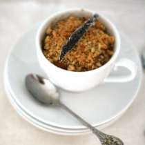 Quince and Almond Crumble