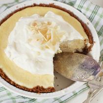 Key Lime Pie with Homemade Graham Cracker Crust
