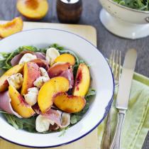 Simple Dinners 01 / Peach & Prosciutto Salad