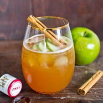 Thursday Tipples 09 / Apple Pie Pimm's